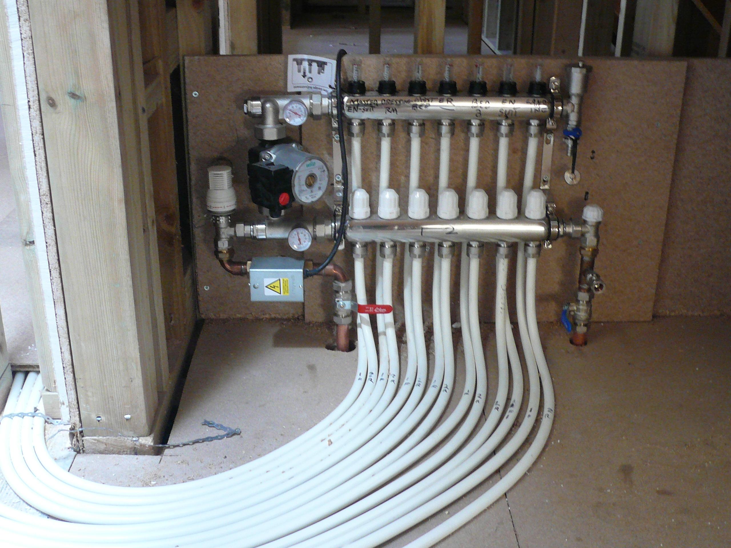 Underfloor heating system installation heat tek for House floor heating systems